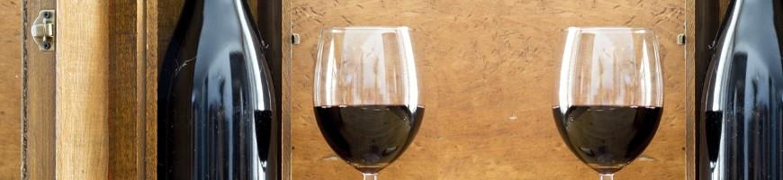 Découvrez les box vin des mois précédents avec guide des vins et des bouteilles de vin